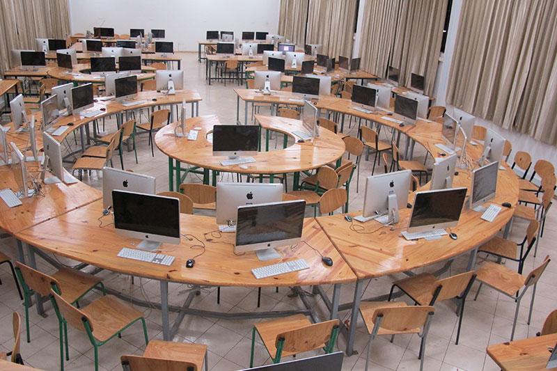 computer-lab-computers
